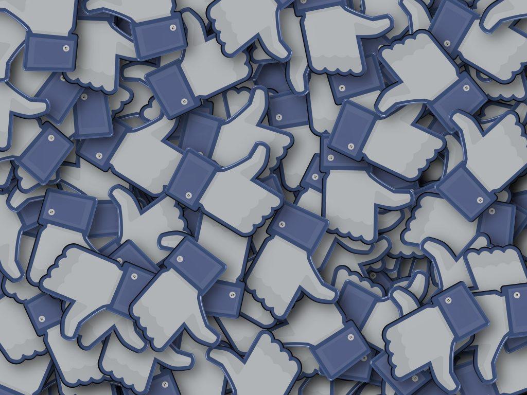 4 Killer Facebook Hacks You Should Be Using