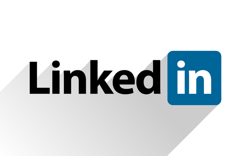 9 Costly Mistakes Businesses Make on LinkedIn