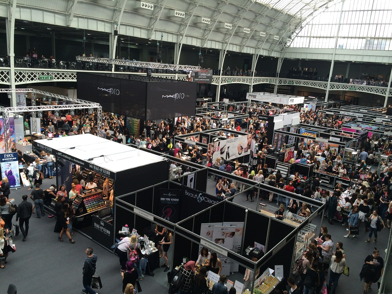Content Marketing and Trade Shows: How to Drive Conversions Post-Event