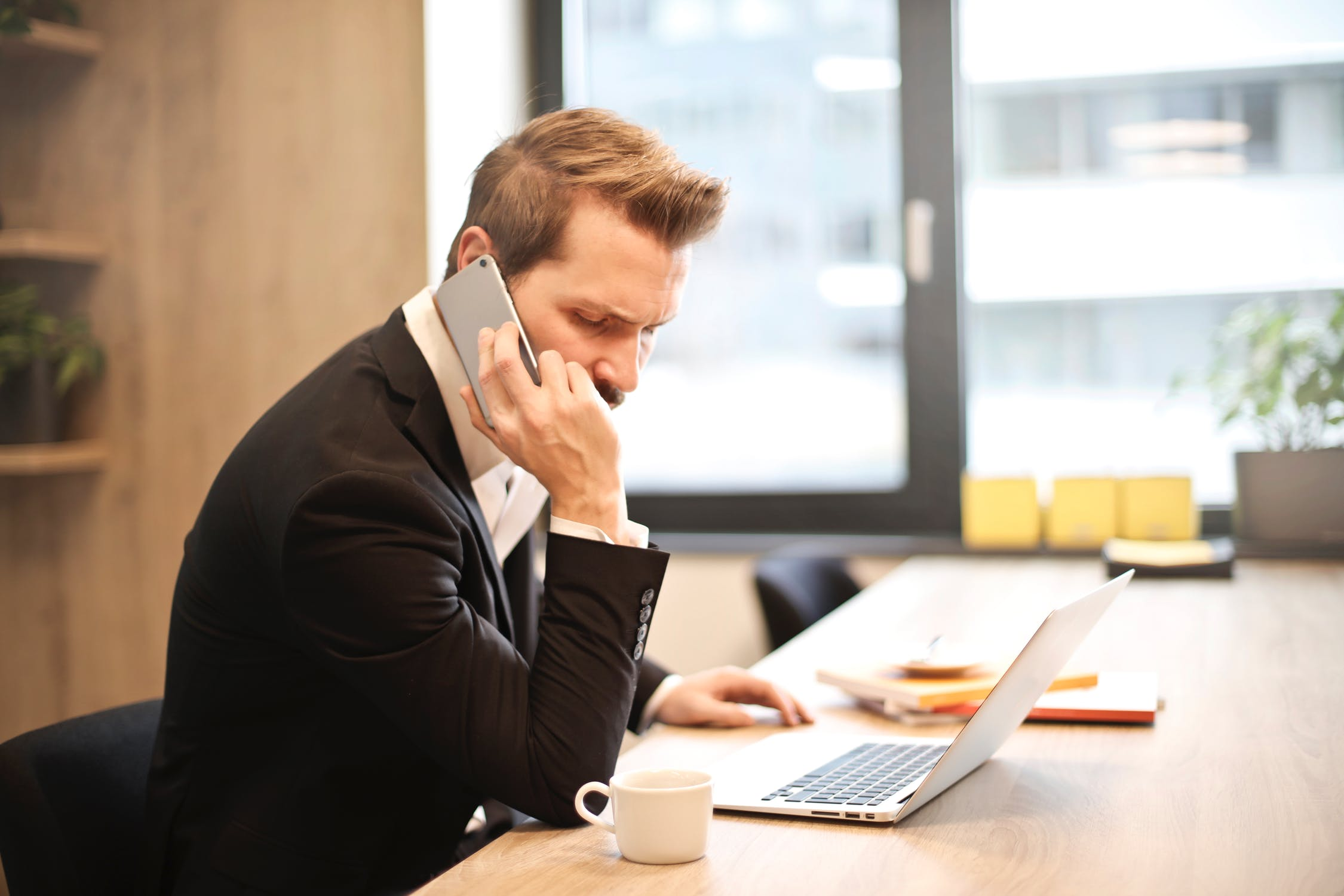 8 Words That Boost Cold Calling Conversion Rates