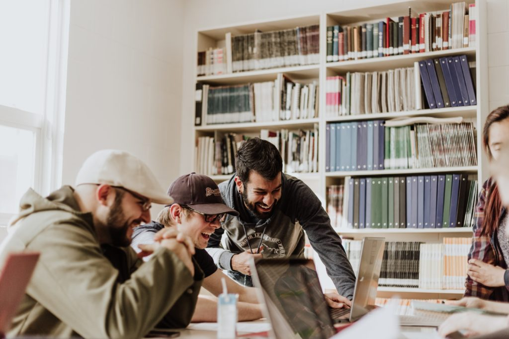 4 Secrets Ways of Increasing Marketing ROI by Activating Your Employees