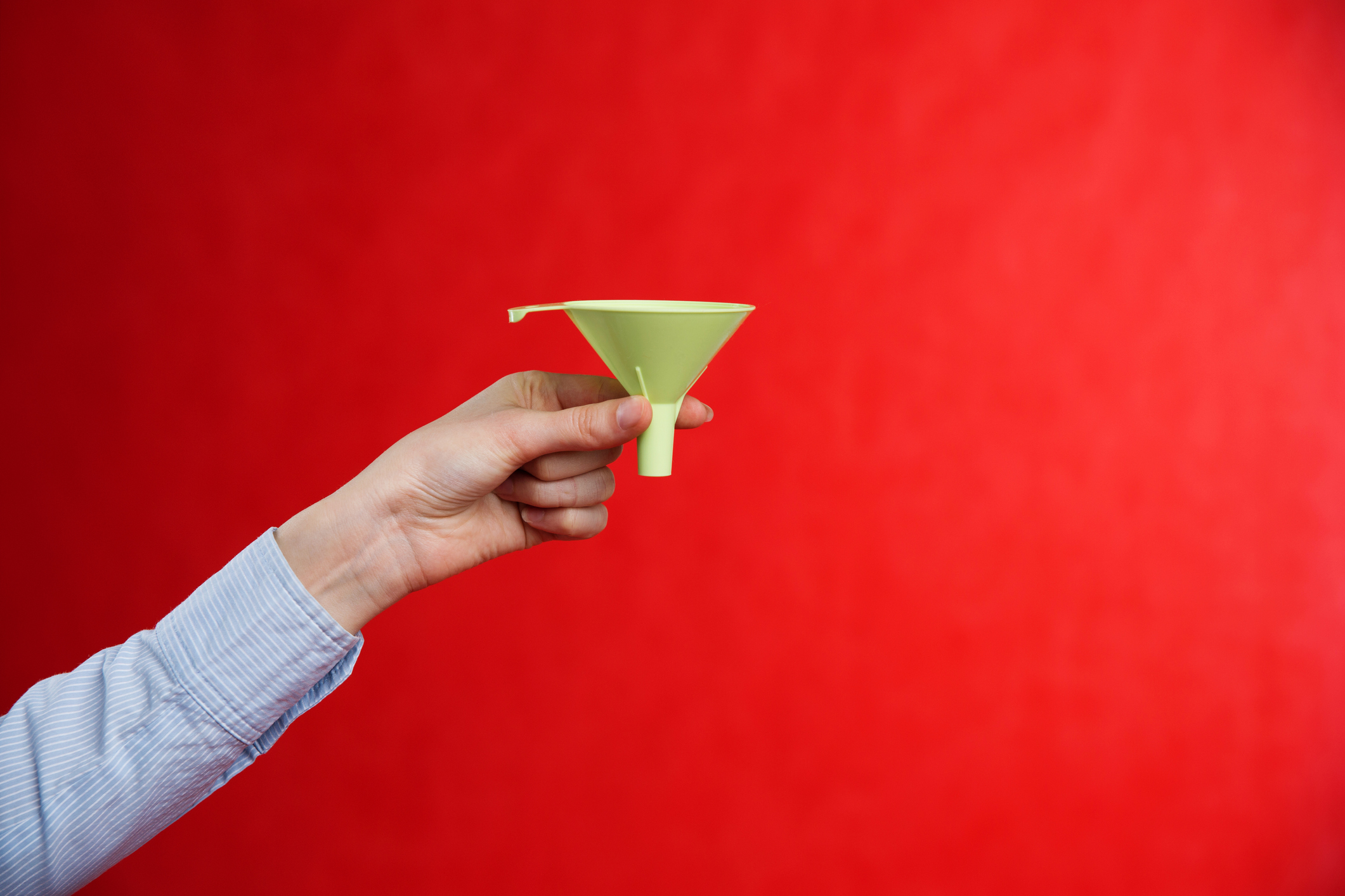6 Reasons Why Top-of-Funnel Content Delivers Leads and Sales